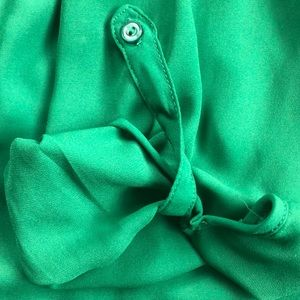 41 Hawthorn Tops - 41 Hawthorne Colibri solid tab sleeve blouse
